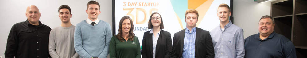 judges and winning students for 3 day startup