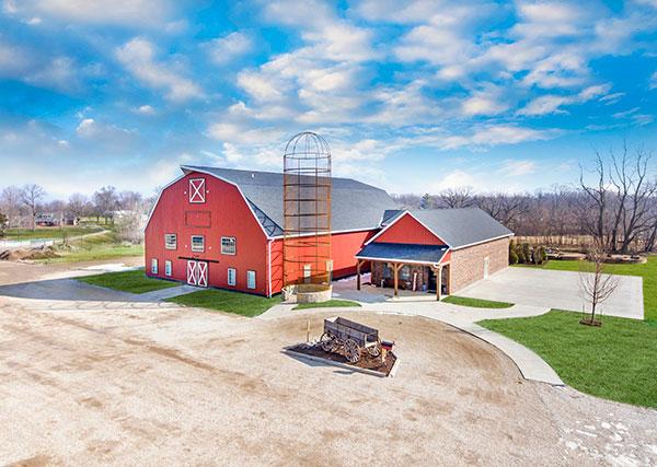 Bringing Back The Barn Illinois Wesleyan