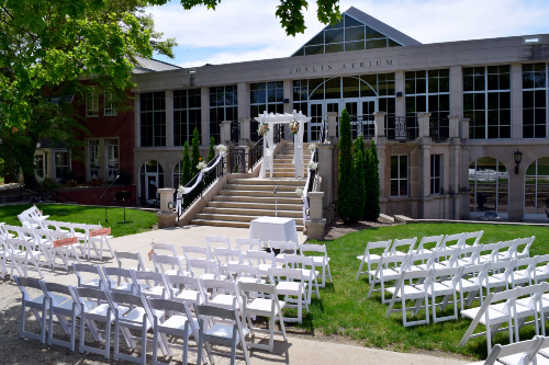 Outdoor ceremony on Joslin steps